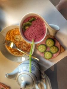 Mieheni oli aamulla tehnyt mulle aamupalan valmiiksi! Nam!