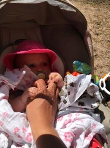 Pikku Mimmi nautti myös kesäpäivästä!