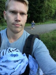 Isi ja Fefe valmentaa mammaa pururata päivänä :)